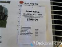 Broil King Keg 2000, Retail $999.00 as