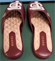 950.00 NEW AUTHENTIC GUCCI  SF SLIPPERS