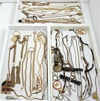 Large assortment of PW chains and material