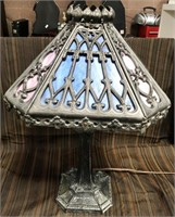 366 - STUNNING TIFFANY STYLE TABLE LAMP