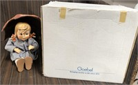 366 - GOEBEL GIRL WITH UMBRELLA & BOX