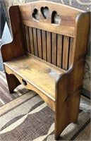 366 - GORGEOUS SOLID WOOD 2 PERSON BENCH