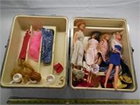 Vintage Barbie Case & Barbies, Accessories