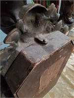 ANTIQUE 1880'S CLOCK WITH CHERUBS WORKING