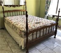 62 - STUNNING 4 POSTER QUEEN BED FRAME W/MATTRESS