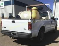 2001 Ford F-250 XL 2WD Regular Cab Sprayer Truck