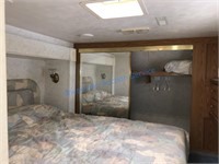 1997 KING OF THE ROAD ROYALITE FIFTH WHEEL CAMPER