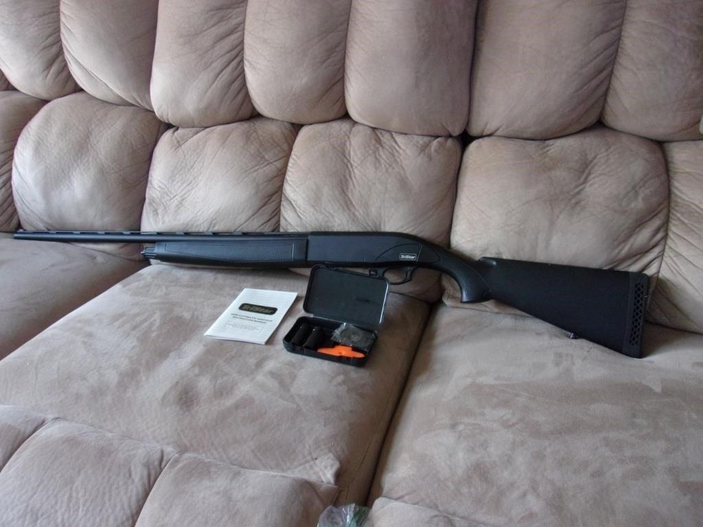 Tri Star Semi-Automatic Shotgun Viper 20 Ga