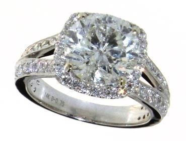 14kt Gold Round Brilliant 4.34 ct Diamond Ring