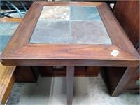 714 - NICE COFFEE TABLE & END TABLE SET