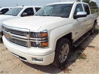 2015 Chevy  High Country 1500 4x4. Crew cab.
