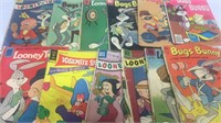 Assorted Vintage Bugs Bunny/Looney Tunes Comic