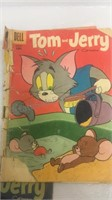 Assorted Vintage Tom & Jerry Comic Books