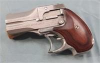 American Derringer DA38 38 Special Derringer