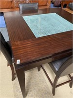 SW - DININGROOM TABLE & CHAIRS