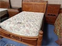 714 - BEAUTIFUL BEDROOM SET