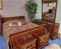 714 - NICE BEDROOM SET WITH MATTRESS
