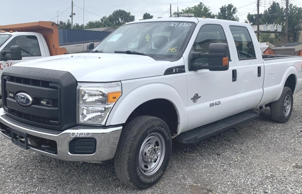FORD F350 POWERSTROKE - UNIT 0420 4WD