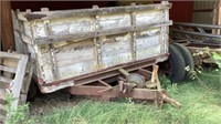 FLATBED TRAILER WITH 2 AXLES AND WOOD SIDES