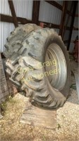 9 BOLT DUALS OFF FORD TRACTOR