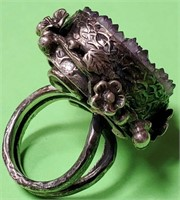 11 - ANTIQUE .925 STERLING SILVER AMETHYST RING