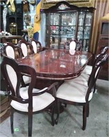 714 - BEAUTIFUL DARK WOOD DININGROOM SET W/CHINA
