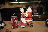 santa and mrs clause figurine