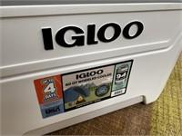 C - NEW WHITE IGLOO 60QT WHEELED COOLER 94 CANS