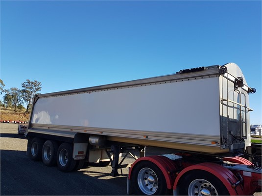 2009 Scomar Semi - Trailers for Sale