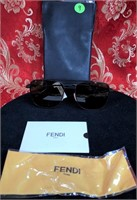 435.00$ AUTHENTIC FENDI MADE IN ITALY SUNGLASSES
