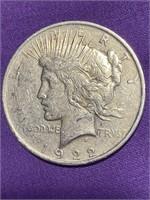 1922 - PEACE SILVER DOLLAR (B)