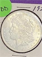 1921 - MORGAN SILVER DOLLAR (30DD)