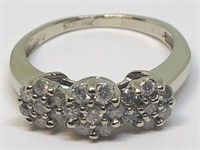 10KT WHITE GOLD DIAMOND RING 2.60 GRS