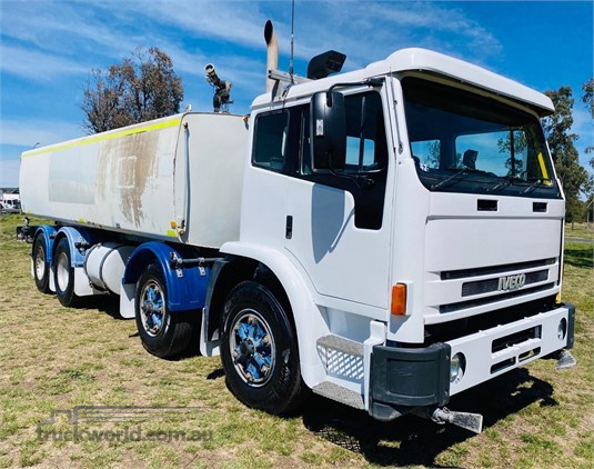 2002 Iveco Acco 2350G - Trucks for Sale