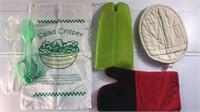 Oven Mitts, Salad Tongs & Salad Crisper Bag