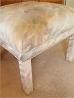814 - UPHOLSTERED FOOT STOOL