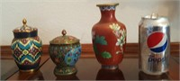 815 - 2 ASIAN INSPIRED JARS W/LIDS; 1 RED VASE