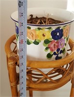 814 - WOOD PLANT STAND W/FLORAL POT