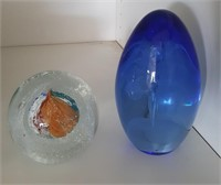815 - BLOWN GLASS PAPERWEIGHTS (BLUE & CLEAR/ORNG)