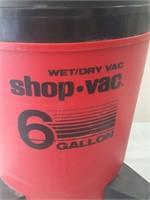 814 - WET-DRY SHOP VAC