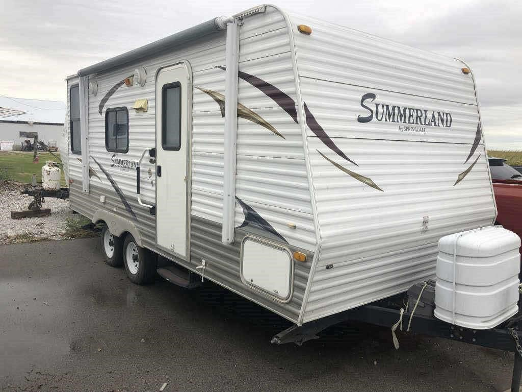 2011 keystone travel trailer