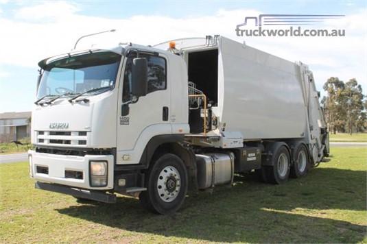 2014 Isuzu FVY - Trucks for Sale