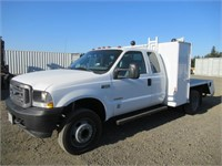 2003 Ford F550 10' S/A Flatbed Truck