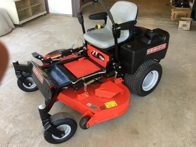 Gravely ZT 52 HD Zero Turn LAwn Tractor (60 HRS)