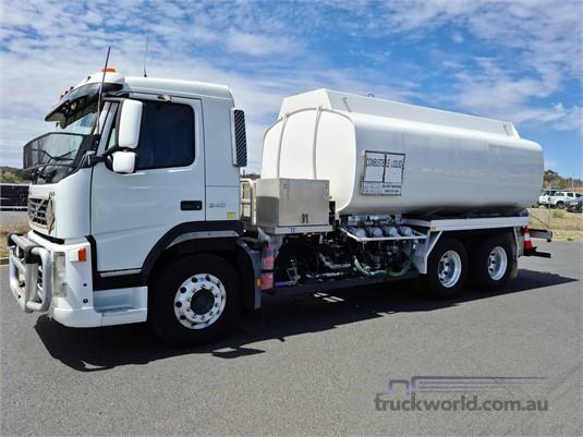 2006 Volvo FM9.340 - Trucks for Sale