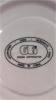 GEI Design Copyrighted Christmas Tree Dinnerware