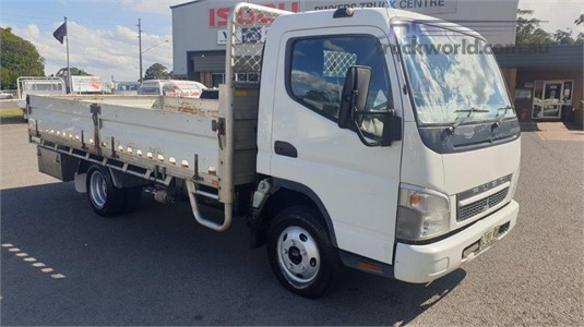 2010 Fuso Canter 2.0 - Trucks for Sale