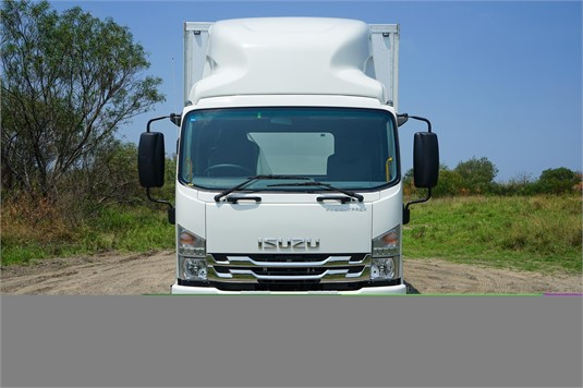 2020 Isuzu FRR - Trucks for Sale