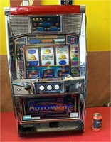 Automatic 777 Slot Machine - working with key and
