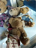 Collection of Boyds Bears stuffed bears